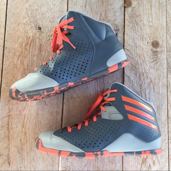Adidas Next level speed4 basketball shoes sz 5.5 Y